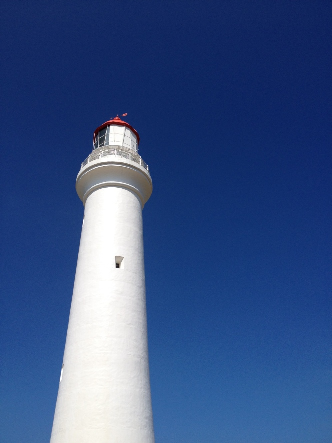 lighthouse, great ocean road, surf coast walk, split point lighthouse